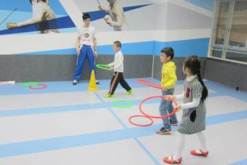 FSA organized fencing program for the Changing Young Lives Foundation